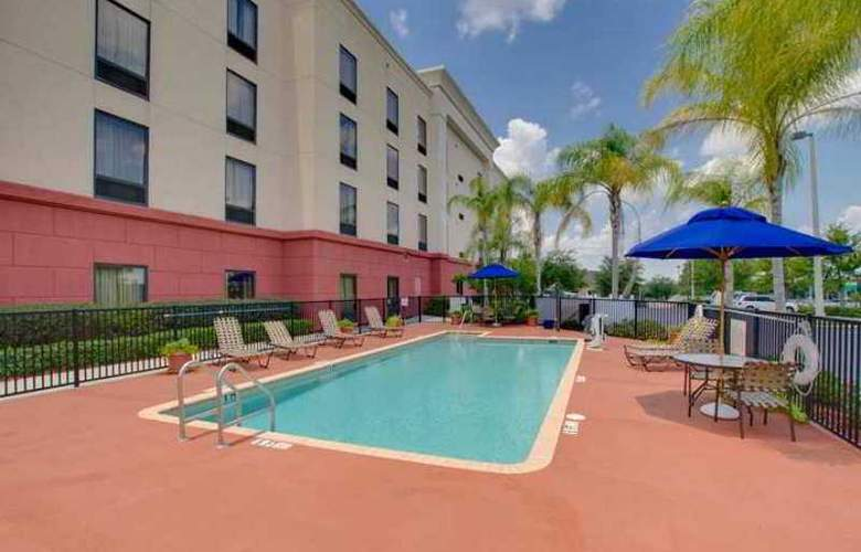 Hampton Inn & Suites Tampa-East - Hotel - 5
