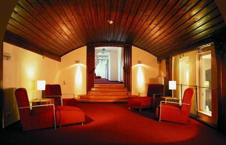 Achat Plaza Herzog am Dom - Hotel - 0