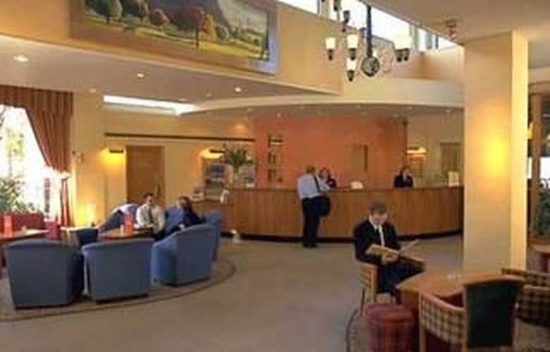 Holiday Inn Edinburgh City West - General - 1