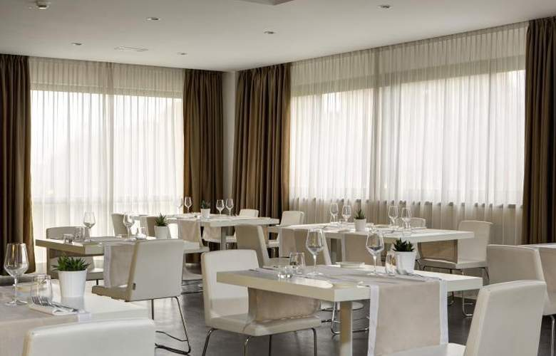 Best Western Plus Tower Bologna - Restaurant - 5