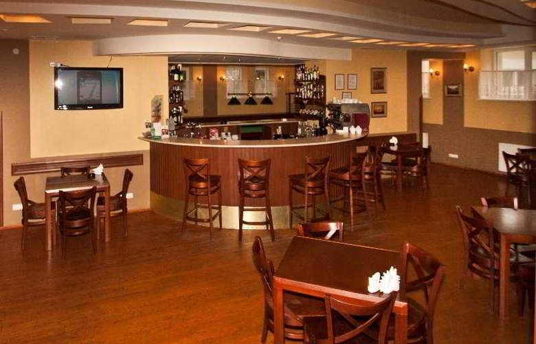 Uzlissya Hotel - Bar - 5