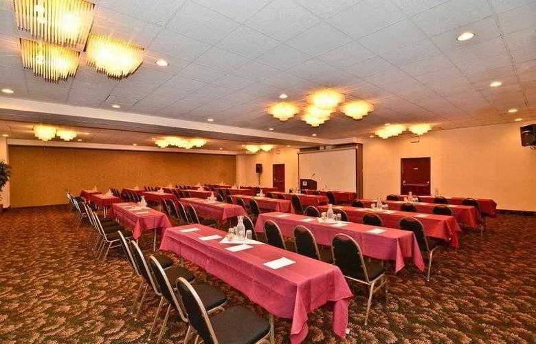 Best Western Plus Agate Beach Inn - Hotel - 8