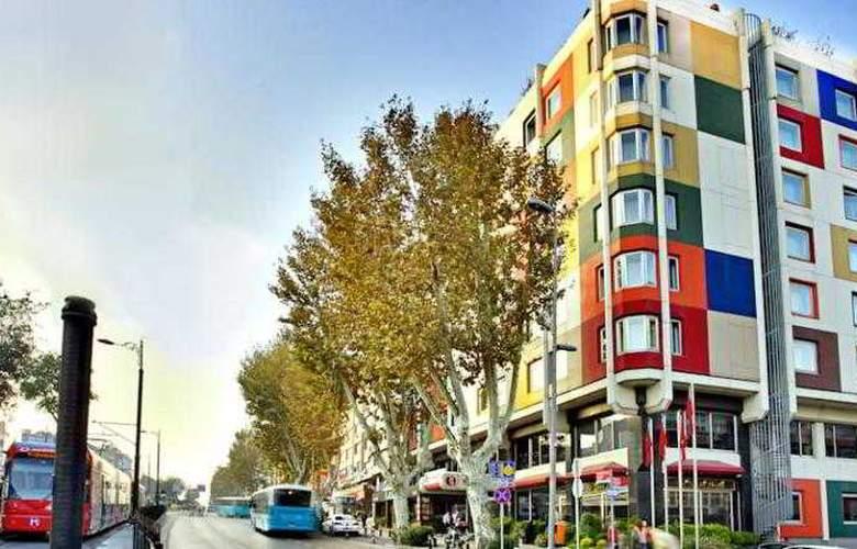 Ramada by Wyndham Istanbul Old City - Hotel - 0