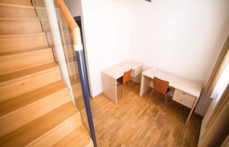 Sunny Terrace Hostel - Room - 19