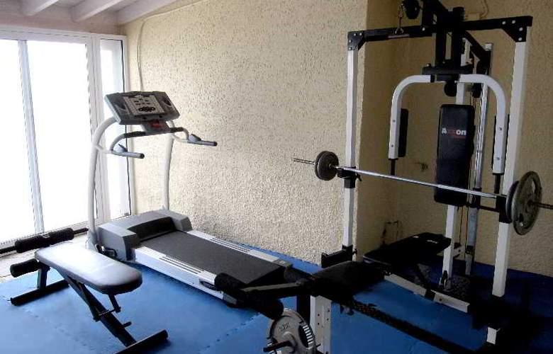 Cavos Bay Hotel & Studios - Sport - 5