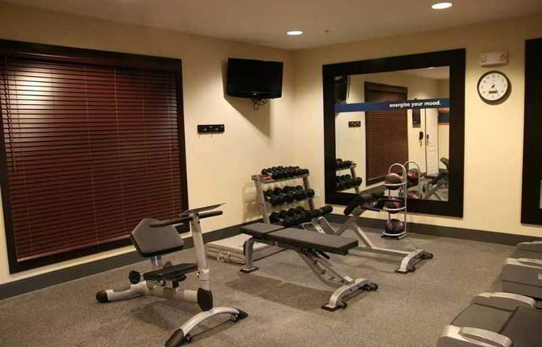 Hampton Inn & Suites New Castle - Sport - 6