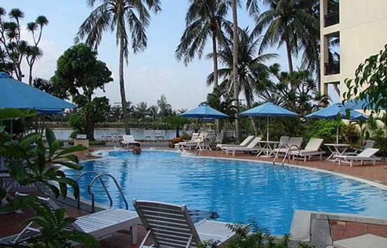 River-Beach Resort & Residences Hoi An - Pool - 4