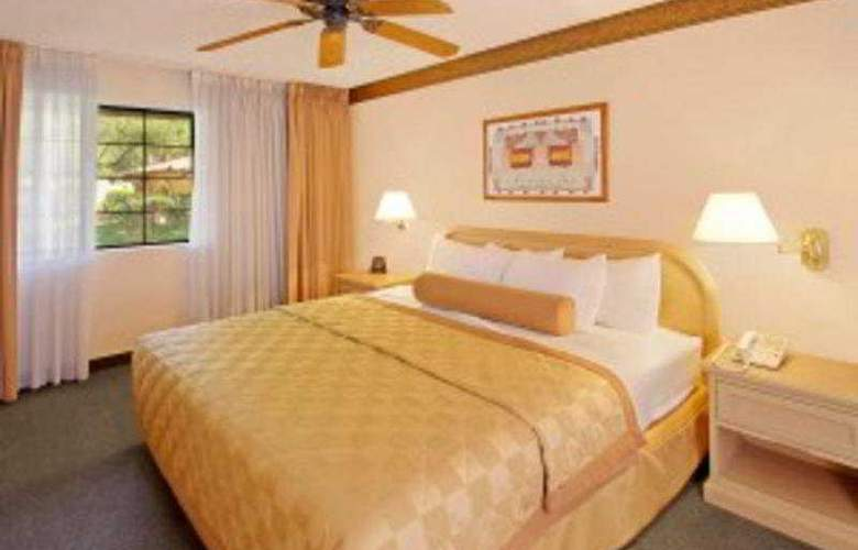 Embassy Suites Phoenix North - Room - 4