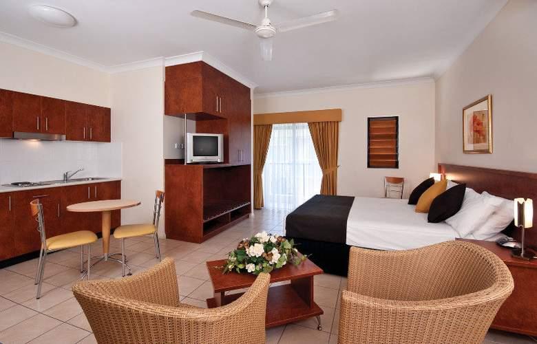 Cairns Queens Court - Room - 6