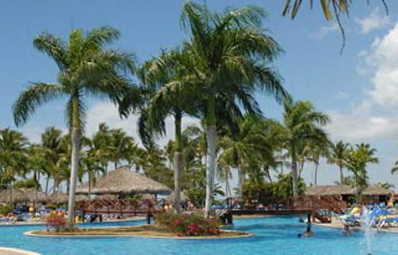 Grand Bahia Principe La Romana - Pool - 5