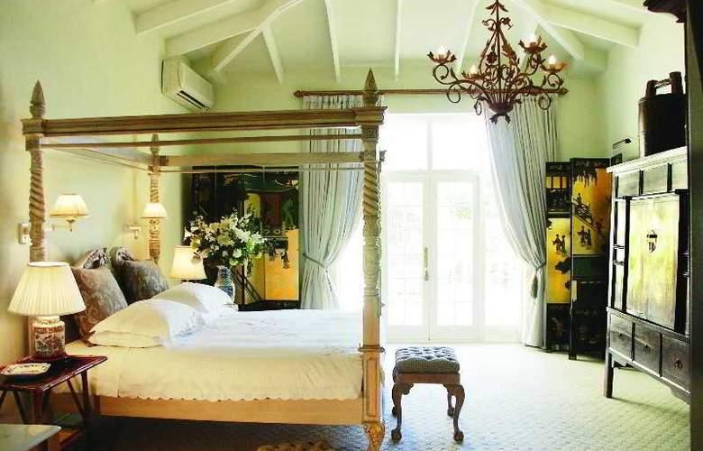 Colona Castle - Room - 9