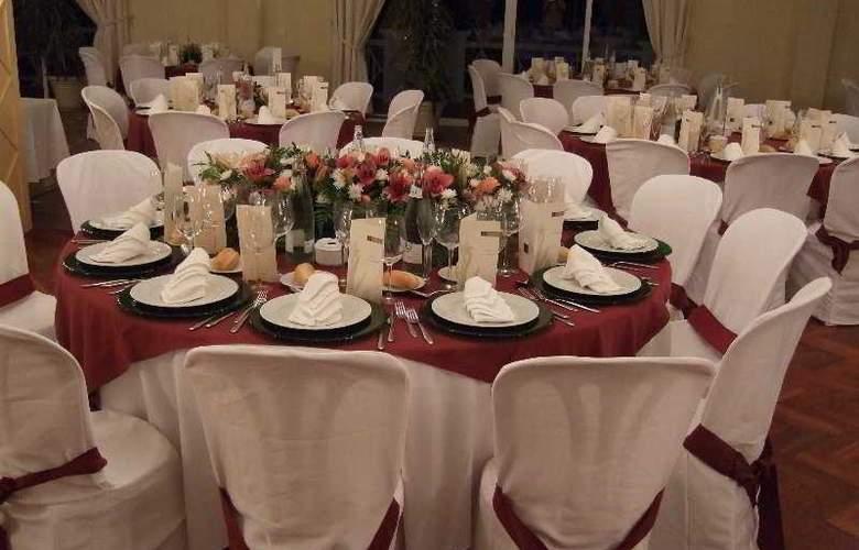 Suites Duquesa Golf & Spa - Restaurant - 9