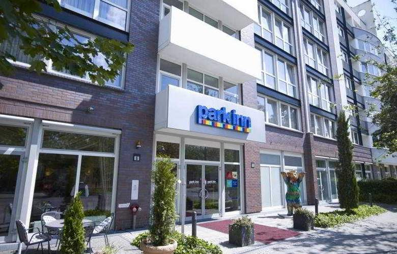 Park Inn by Radisson Berlin City West - Hotel - 0