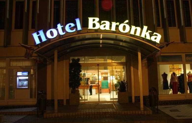 Baronka - Hotel - 0