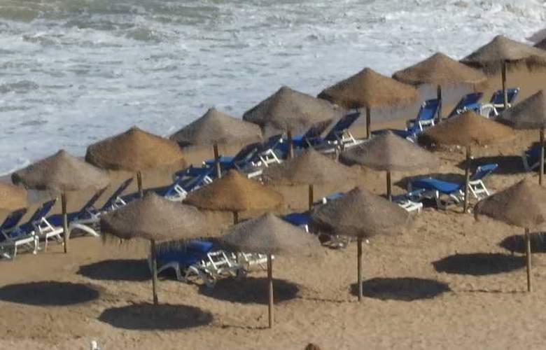 Gran Hotel Peñiscola - Beach - 45