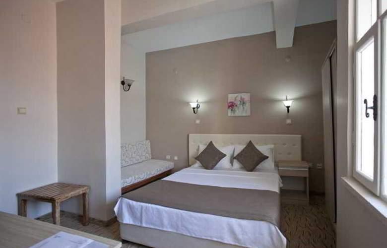 Yasemin Hotel - Room - 5