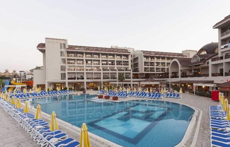 Seher Sun Palace - Pool - 11