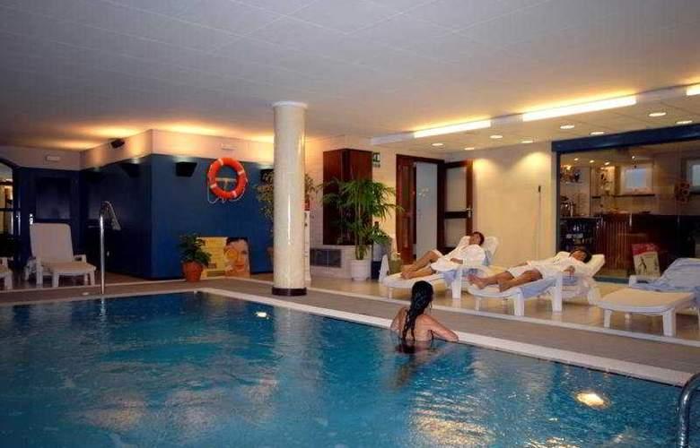 Premier Gran Hotel Reymar & Spa - Sport - 21