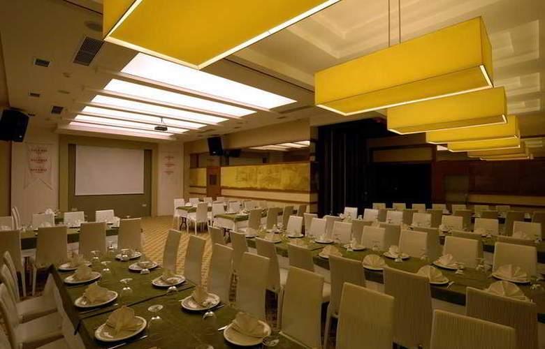 Jaleriz - Restaurant - 9