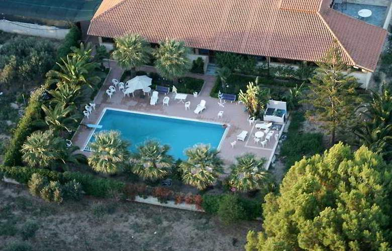 Agriturismo Villa Maddalena - Hotel - 0