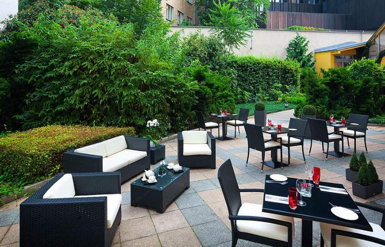 Novotel Praha Wenceslas Square - Terrace - 50