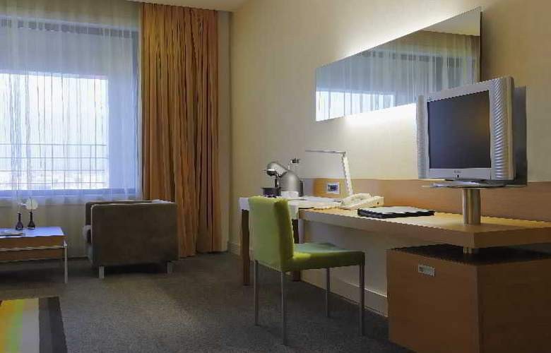 Radisson Blu Conference & Airport Hotel - Room - 3