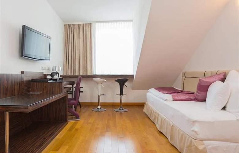 Best Western Plus Hotel Arcadia - Room - 116