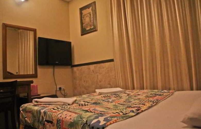 Macktz Comfort Inn Hotel - Room - 7