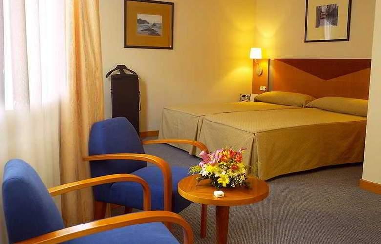 Oca Villa de Aviles - Room - 5
