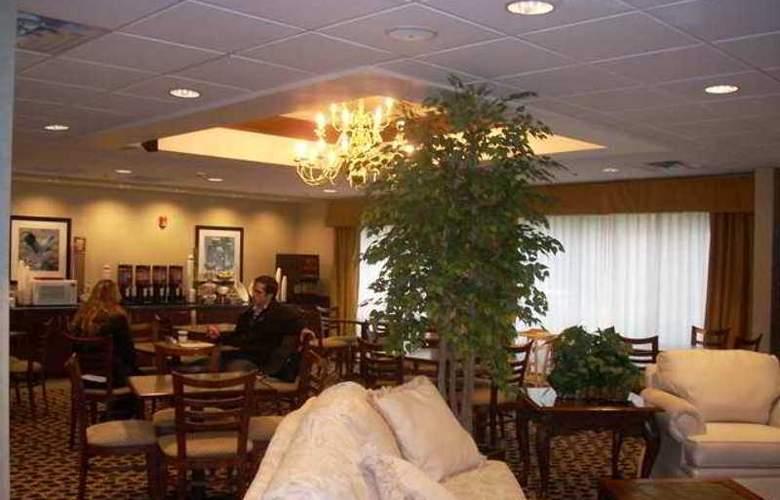 Hampton Inn Buckhannon - Hotel - 0