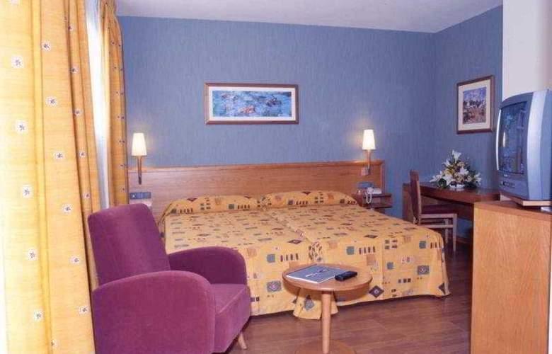 Alaquas - Room - 11