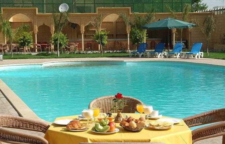 Fes Inn - Pool - 8