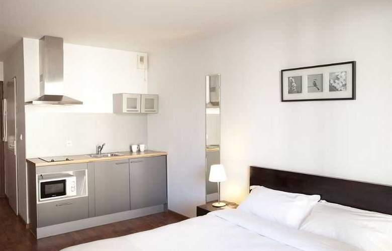 Ruby Suites - Room - 8
