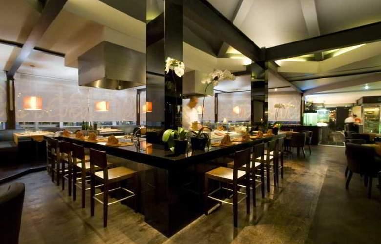 Outrigger O-Ce-N Bali - Restaurant - 23
