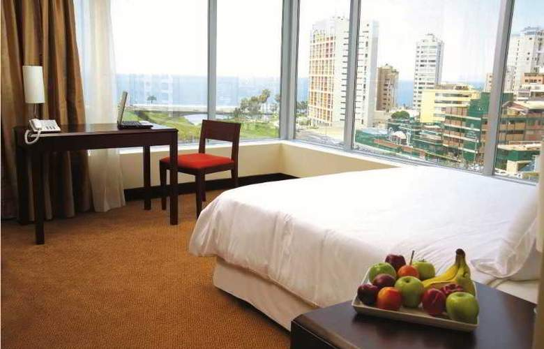 Radisson Decapolis Miraflores - Room - 9