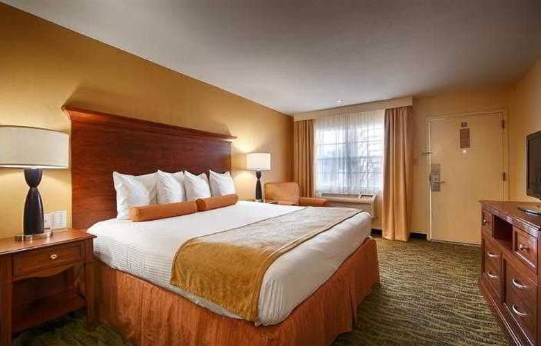 Best Western Rose Garden Inn - Hotel - 24