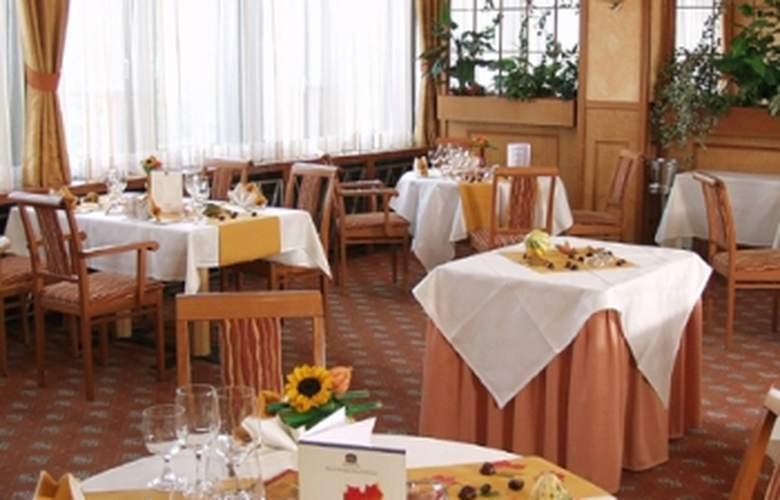 Best Western Premier Steglitz International - Restaurant - 3
