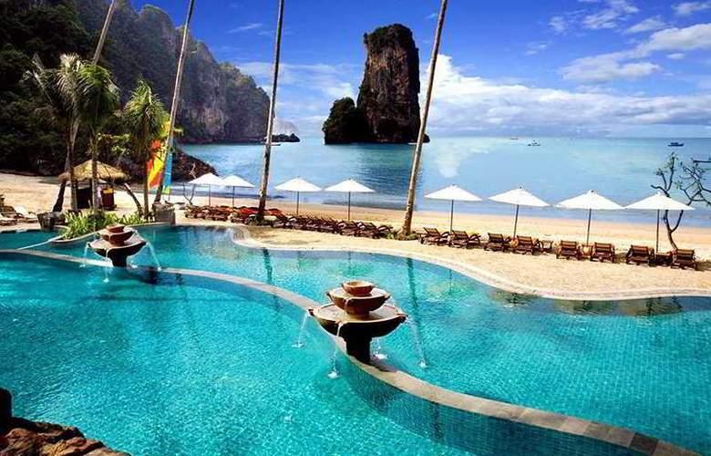 Centara Grand Beach Resort and Villas Krabi - Pool - 9