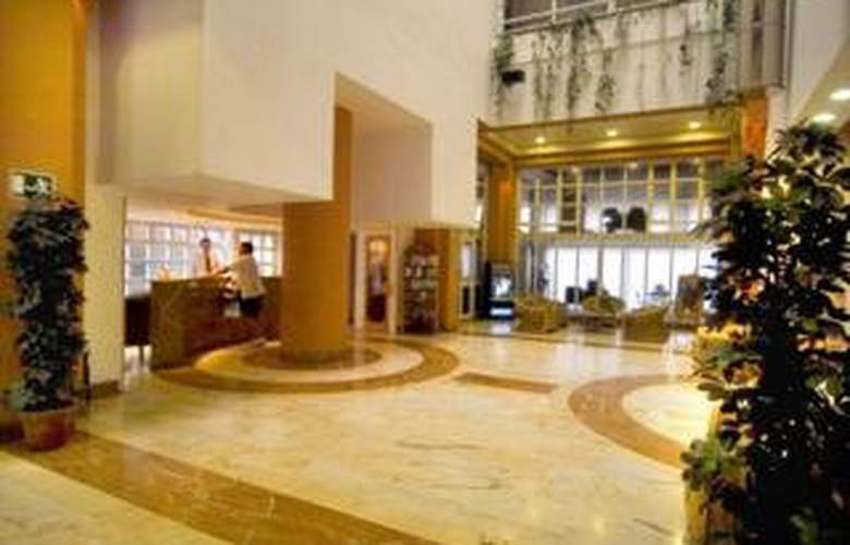 Astoria Hotel - General - 0