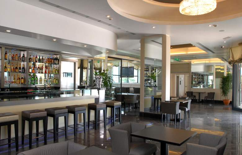 Grand Hotel Duca Di Mantova - Bar - 28