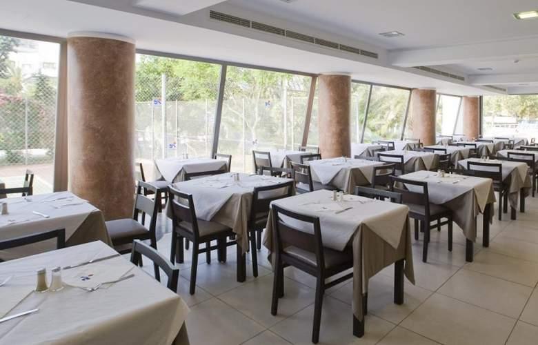 Fergus Bermudas - Restaurant - 6