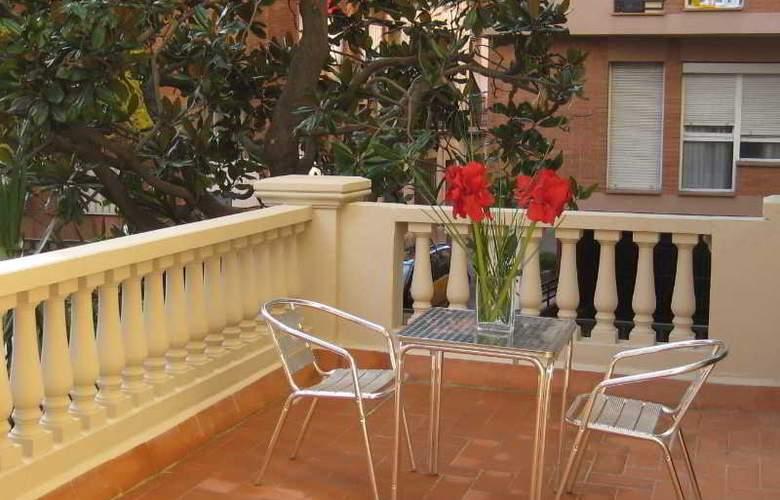 Residencia Erasmus Gracia - Terrace - 34