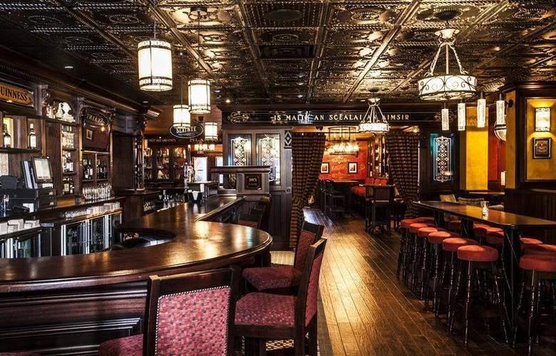 Best  Western Plus Cairn Croft Hotel - Restaurant - 90
