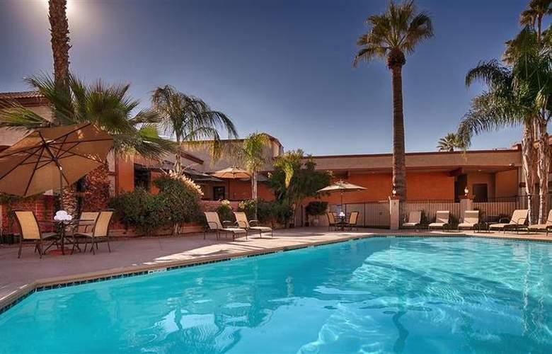 Best Western Goodyear Inn - Pool - 21