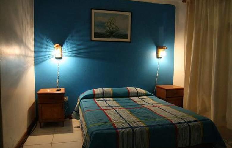 Hostal Islas de San Bartolo - Room - 1