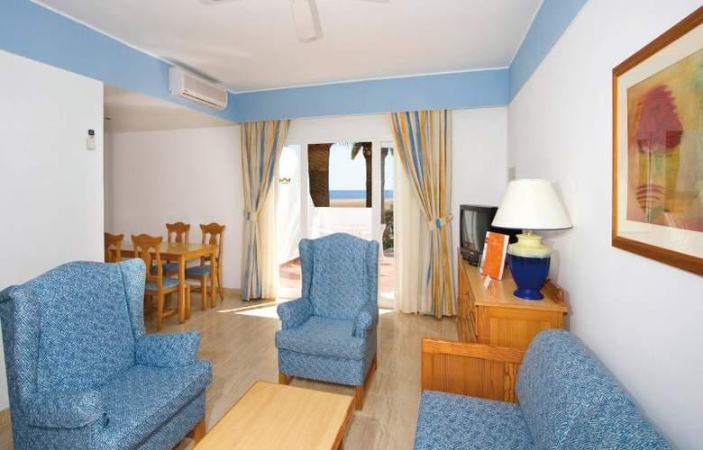 Riu Paraiso Lanzarote Resort - Room - 11