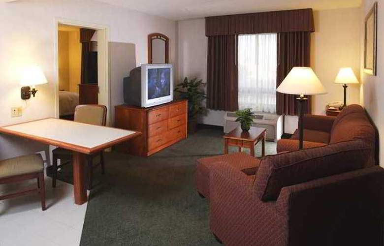 Hampton Inn By Hilton Saltillo - Hotel - 14