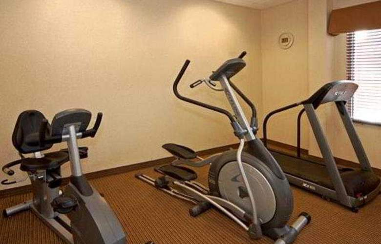 Quality Inn & Suites Panama City - Sport - 7