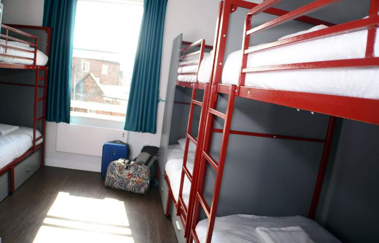 Euro - Room - 9