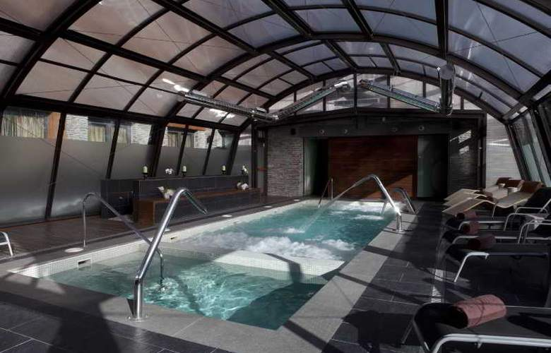 Himalaia Baqueira by Pierre & Vacances Premium - Pool - 8